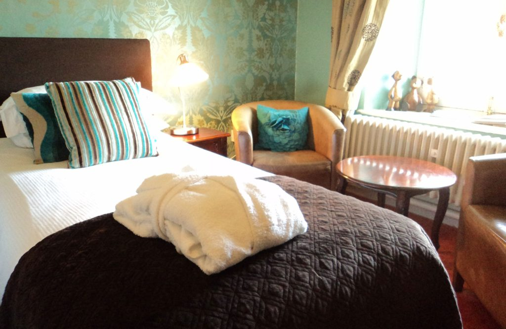 Large Double Rooms - Room 22